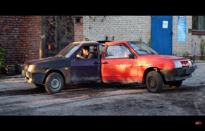 Rusiyalı ustalar avtomobillər ilə stress çarxı düzəldiblər